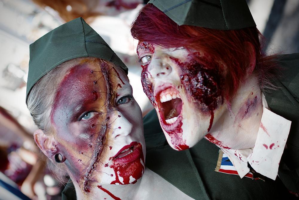 zombiewalk2012_04.jpg