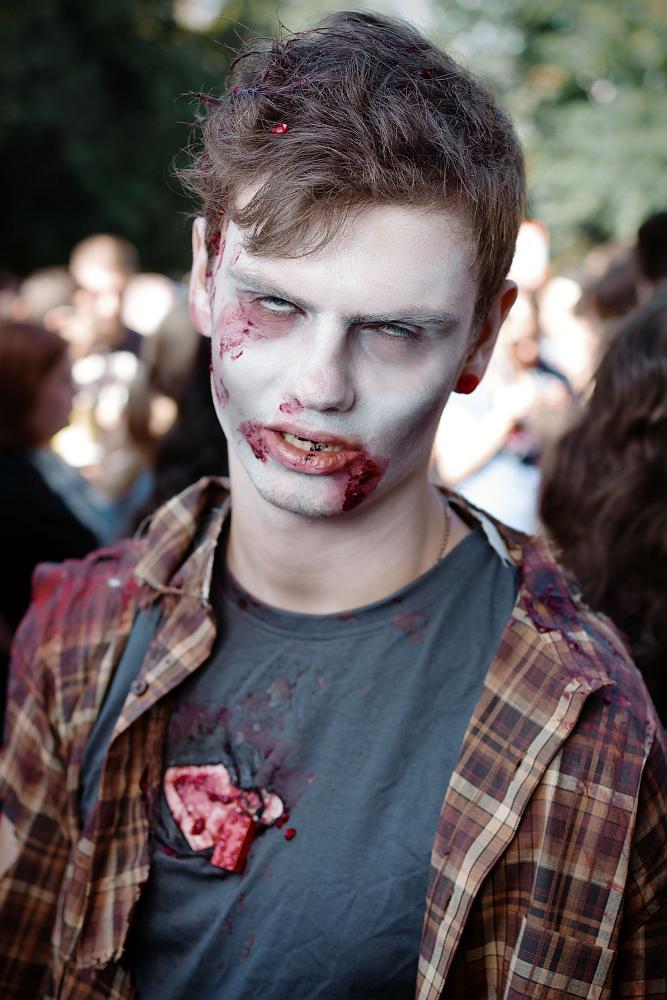 zombiewalk2012_11.jpg