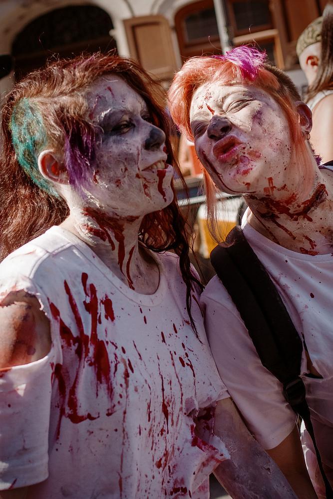 zombiewalk2012_15.jpg
