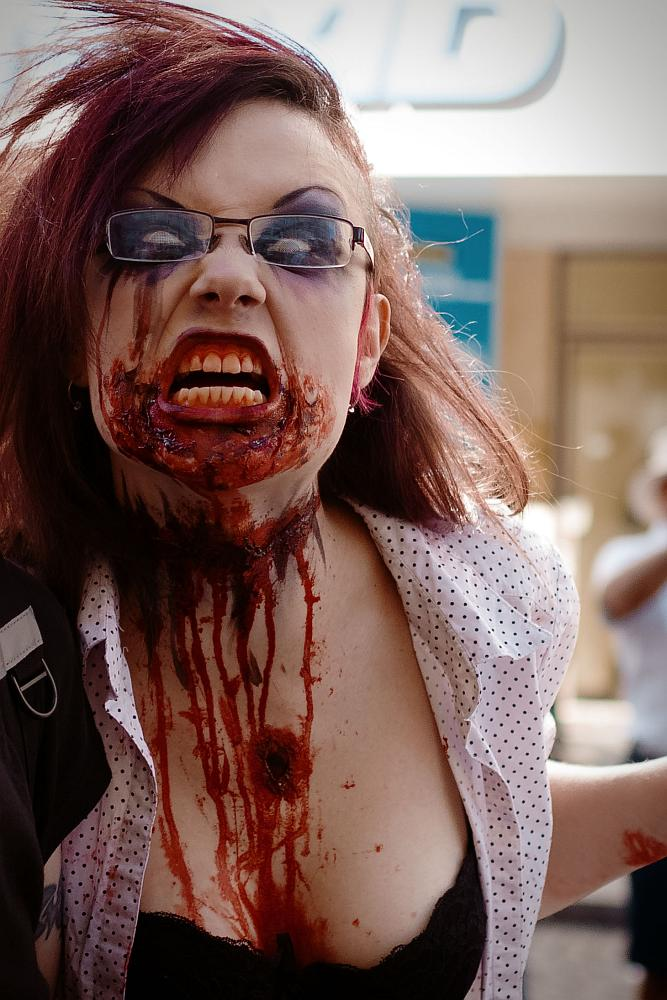 zombiewalk2012_21.jpg