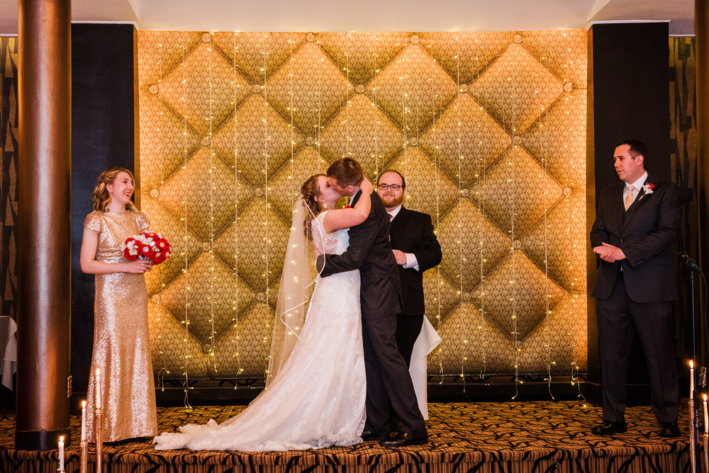 Club86_Finger_Lakes_Wedding_Rochester_NY_Photographer-7075.jpg