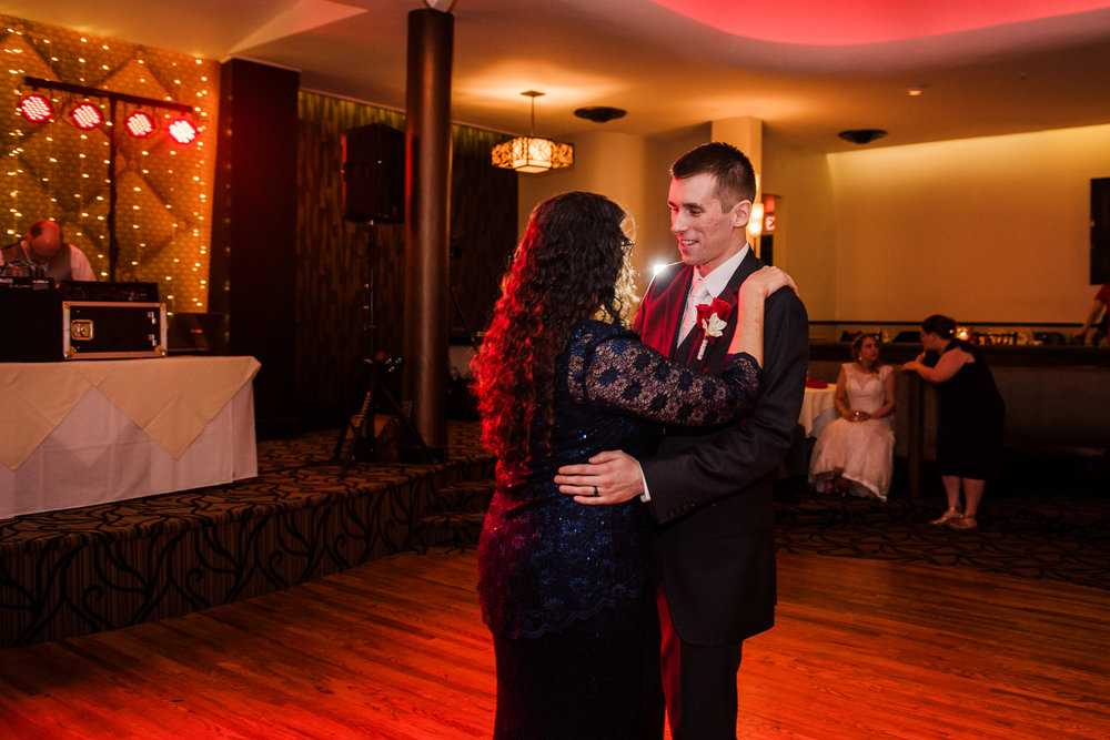 Club86_Finger_Lakes_Wedding_Rochester_NY_Photographer-7539.jpg