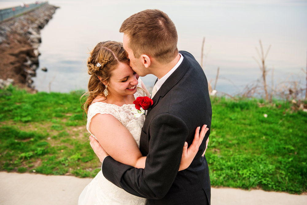 Club86_Finger_Lakes_Wedding_Rochester_NY_Photographer-7659.jpg