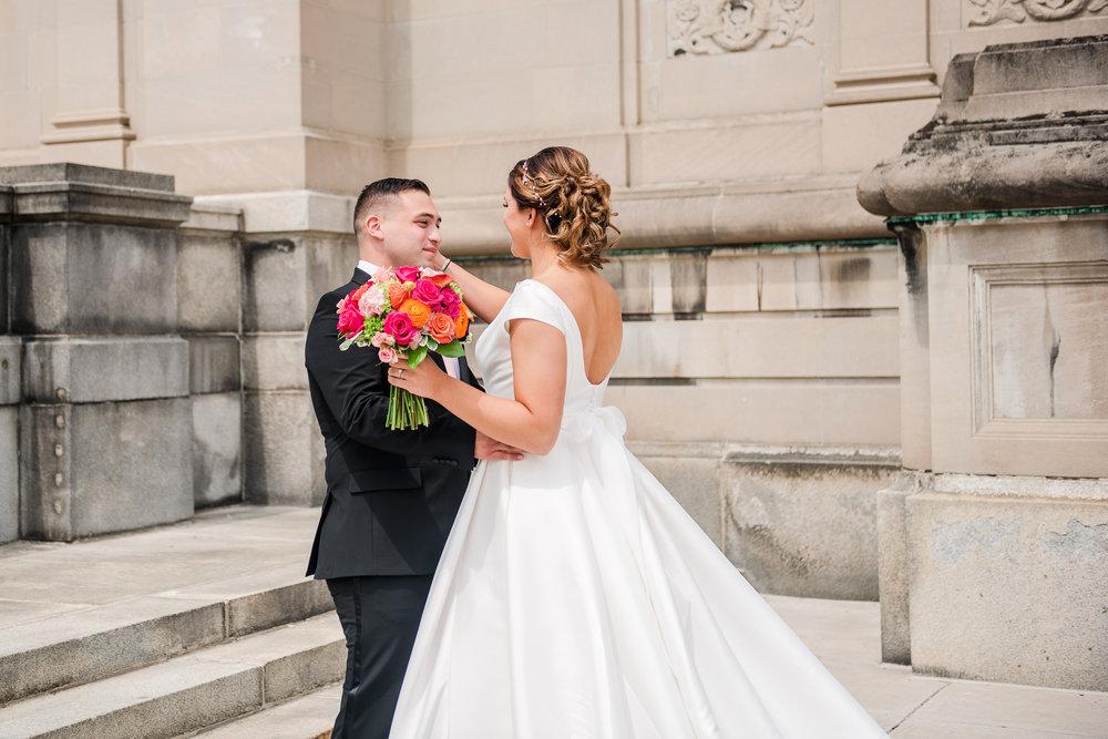 JILLSTUDIO_Blue_Barn_Cidery_Rochester_Wedding_Rochester_NY_Photographer_DSC_8089.jpg