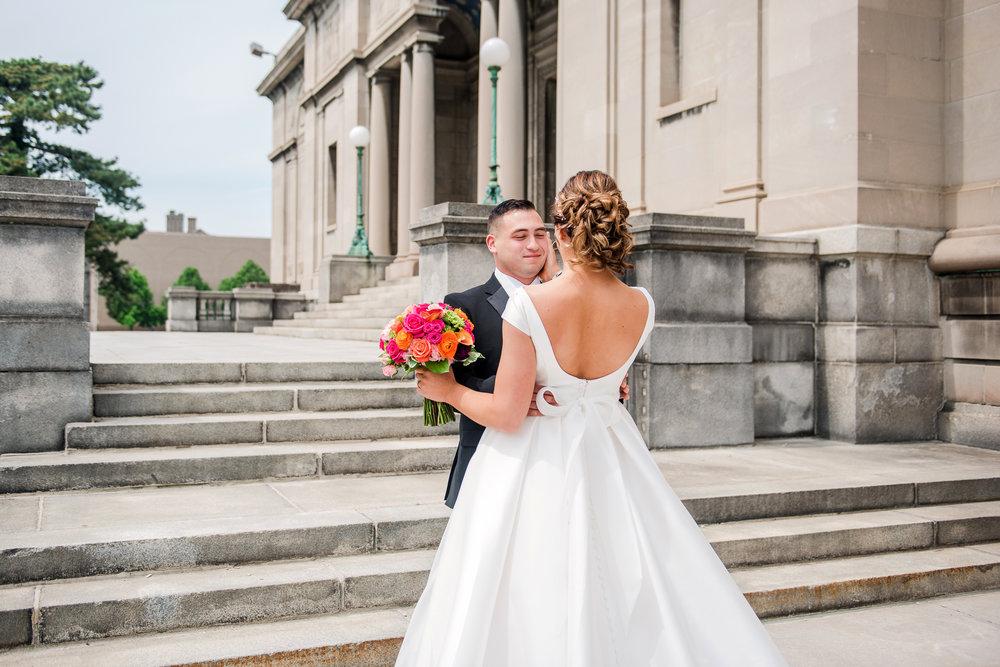 JILLSTUDIO_Blue_Barn_Cidery_Rochester_Wedding_Rochester_NY_Photographer_DSC_8095.jpg