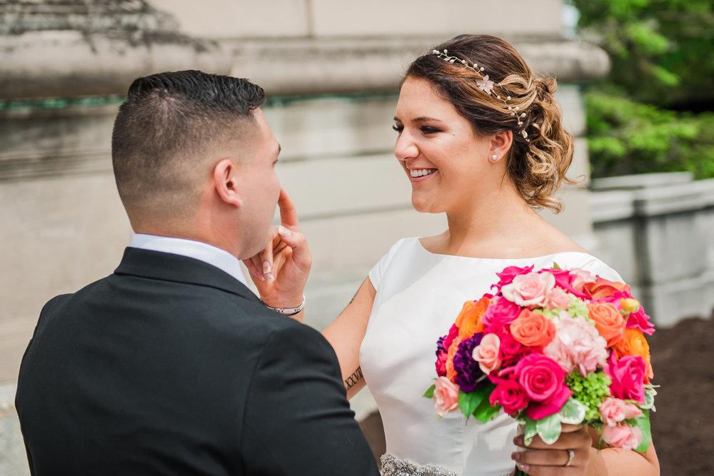 JILLSTUDIO_Blue_Barn_Cidery_Rochester_Wedding_Rochester_NY_Photographer_DSC_8105.jpg