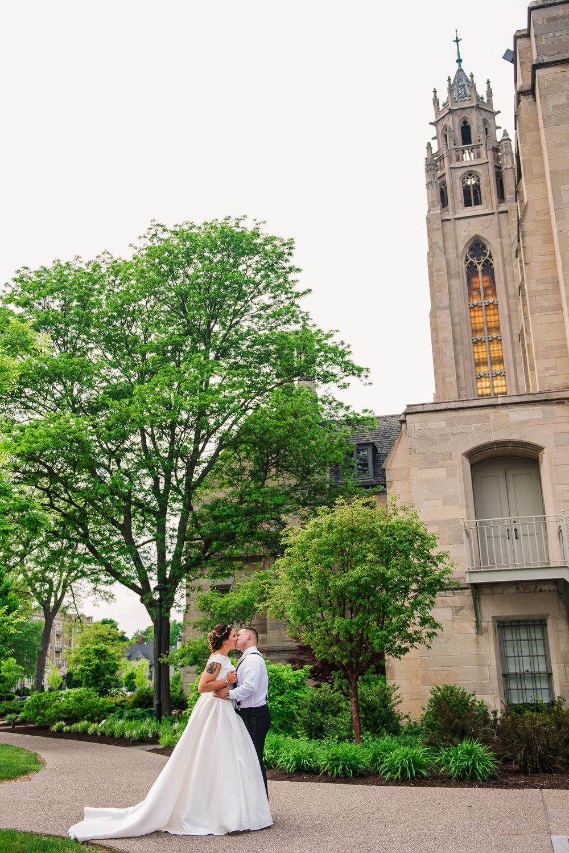 JILLSTUDIO_Blue_Barn_Cidery_Rochester_Wedding_Rochester_NY_Photographer_DSC_8315.jpg