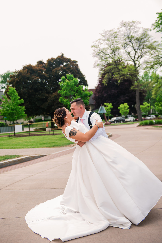 JILLSTUDIO_Blue_Barn_Cidery_Rochester_Wedding_Rochester_NY_Photographer_DSC_8363.jpg