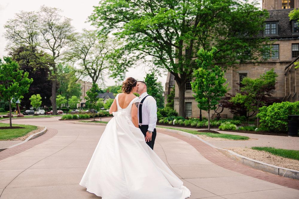JILLSTUDIO_Blue_Barn_Cidery_Rochester_Wedding_Rochester_NY_Photographer_DSC_8358.jpg