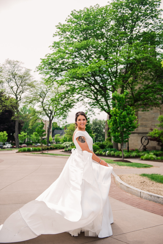 JILLSTUDIO_Blue_Barn_Cidery_Rochester_Wedding_Rochester_NY_Photographer_DSC_8377.jpg