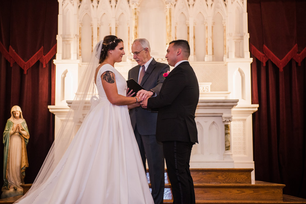 JILLSTUDIO_Blue_Barn_Cidery_Rochester_Wedding_Rochester_NY_Photographer_DSC_8577.jpg