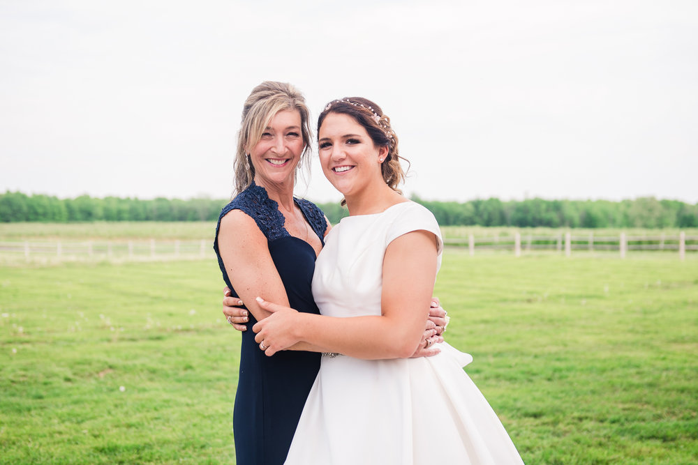 JILLSTUDIO_Blue_Barn_Cidery_Rochester_Wedding_Rochester_NY_Photographer_DSC_8747.jpg
