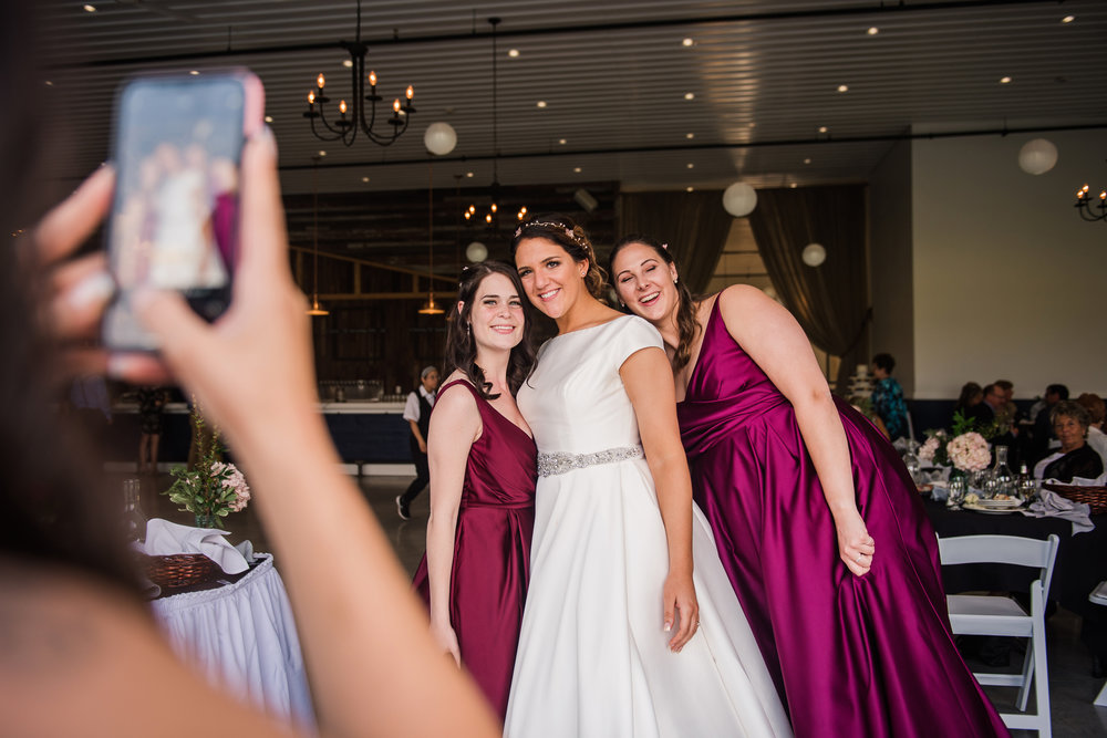 JILLSTUDIO_Blue_Barn_Cidery_Rochester_Wedding_Rochester_NY_Photographer_DSC_8849.jpg