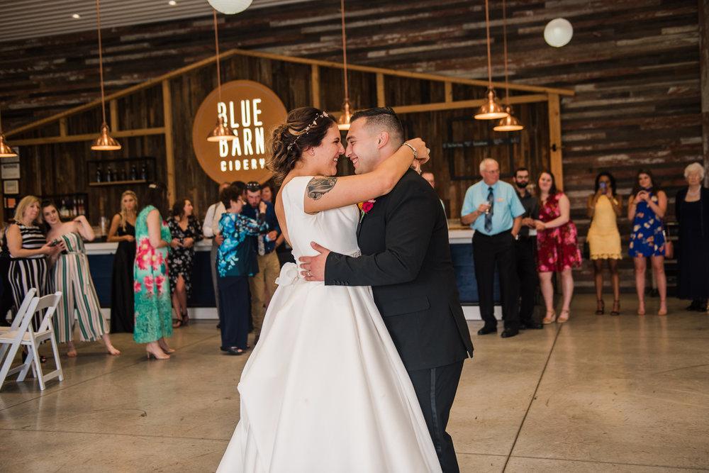 JILLSTUDIO_Blue_Barn_Cidery_Rochester_Wedding_Rochester_NY_Photographer_DSC_8904.jpg