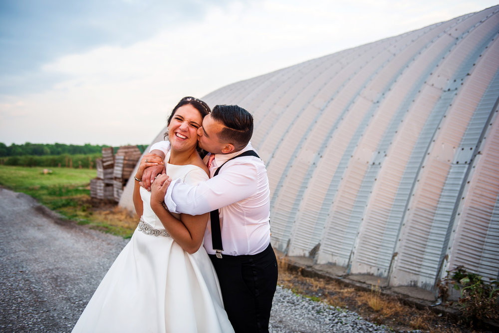 JILLSTUDIO_Blue_Barn_Cidery_Rochester_Wedding_Rochester_NY_Photographer_DSC_9038.jpg