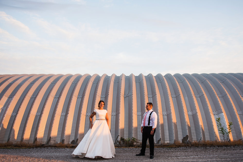 JILLSTUDIO_Blue_Barn_Cidery_Rochester_Wedding_Rochester_NY_Photographer_DSC_9027.jpg