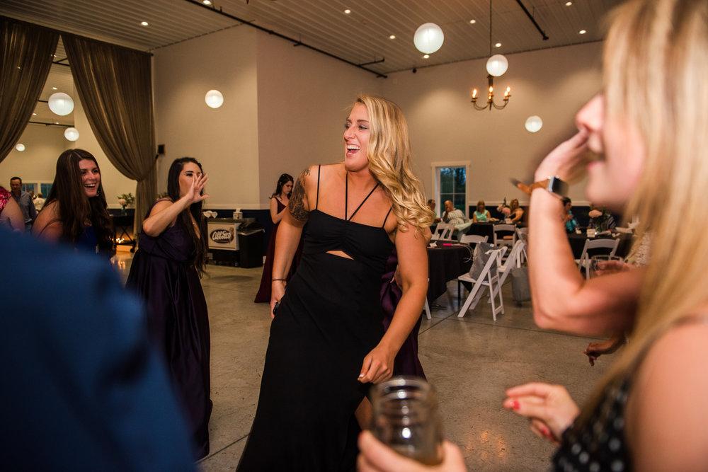 JILLSTUDIO_Blue_Barn_Cidery_Rochester_Wedding_Rochester_NY_Photographer_DSC_9133.jpg