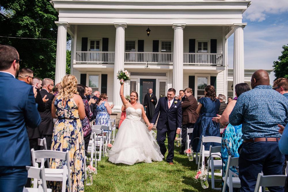 JILLSTUDIO_Avon_Century_Barn_Rochester_Wedding_Rochester_NY_Photographer_DSC_0224.jpg