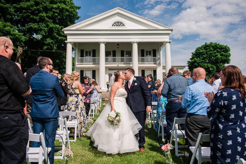JILLSTUDIO_Avon_Century_Barn_Rochester_Wedding_Rochester_NY_Photographer_DSC_0226.jpg