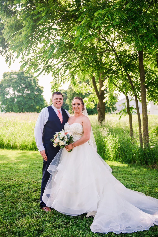 JILLSTUDIO_Avon_Century_Barn_Rochester_Wedding_Rochester_NY_Photographer_DSC_0275.jpg