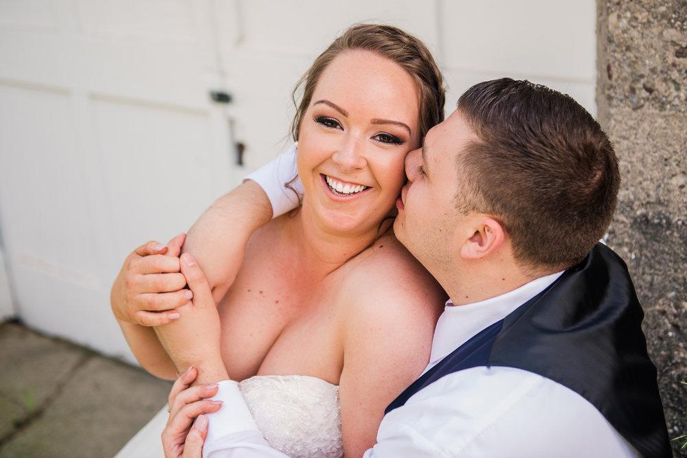 JILLSTUDIO_Avon_Century_Barn_Rochester_Wedding_Rochester_NY_Photographer_DSC_0338.jpg