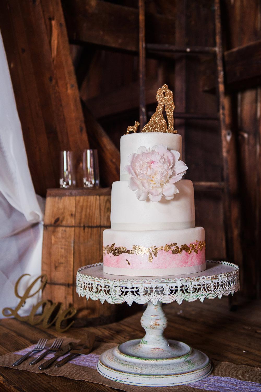 JILLSTUDIO_Avon_Century_Barn_Rochester_Wedding_Rochester_NY_Photographer_DSC_0373.jpg