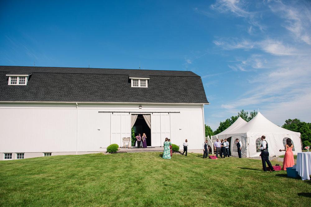 JILLSTUDIO_Avon_Century_Barn_Rochester_Wedding_Rochester_NY_Photographer_DSC_0405.jpg