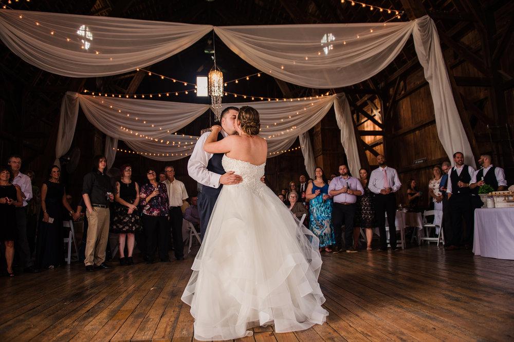 JILLSTUDIO_Avon_Century_Barn_Rochester_Wedding_Rochester_NY_Photographer_DSC_0570.jpg