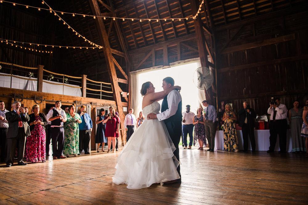 JILLSTUDIO_Avon_Century_Barn_Rochester_Wedding_Rochester_NY_Photographer_DSC_0581.jpg