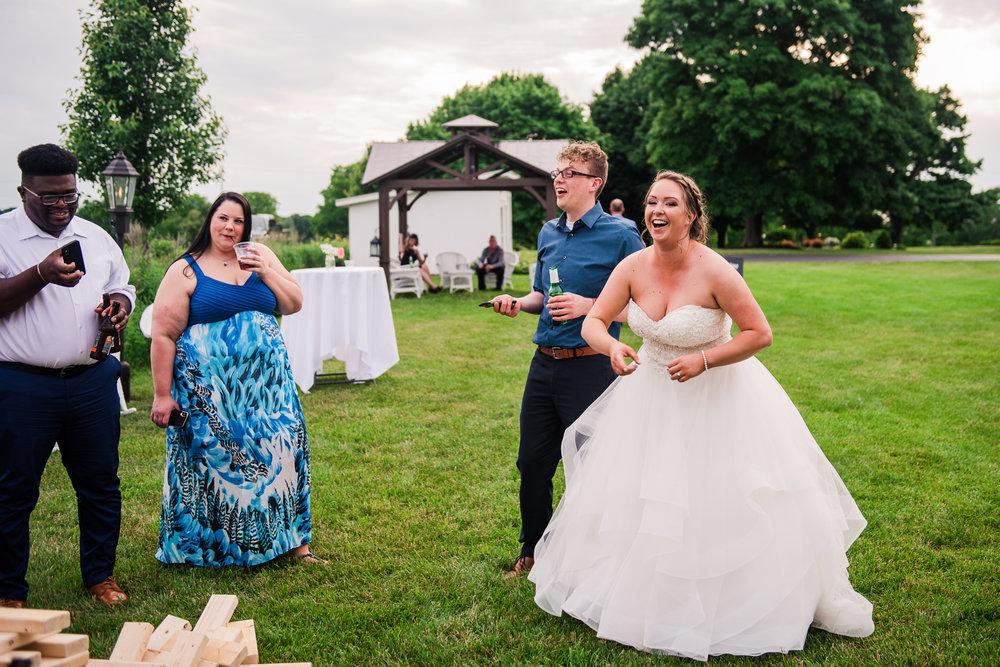 JILLSTUDIO_Avon_Century_Barn_Rochester_Wedding_Rochester_NY_Photographer_DSC_0701.jpg