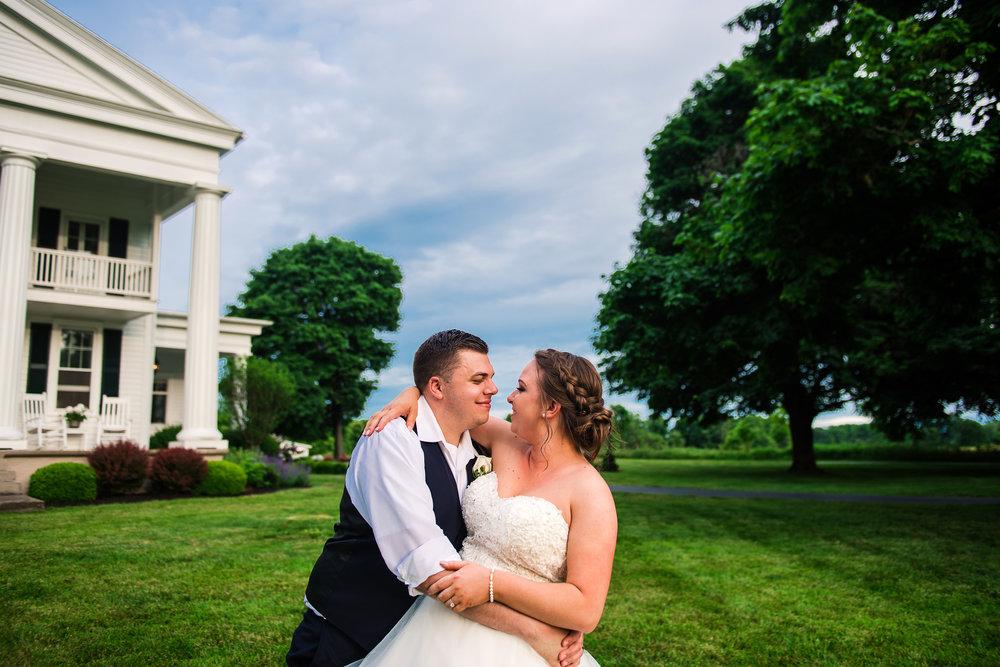 JILLSTUDIO_Avon_Century_Barn_Rochester_Wedding_Rochester_NY_Photographer_DSC_0745.jpg