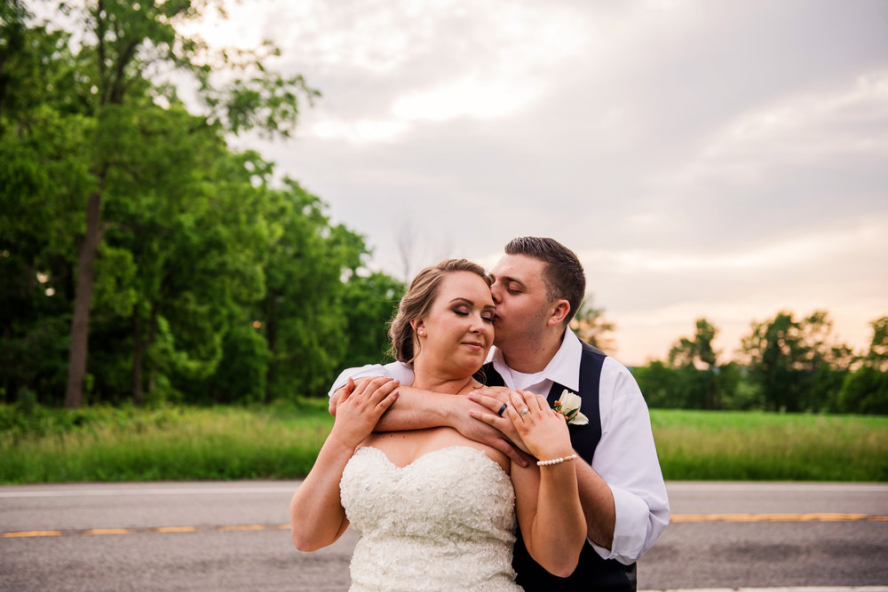 JILLSTUDIO_Avon_Century_Barn_Rochester_Wedding_Rochester_NY_Photographer_DSC_0774.jpg