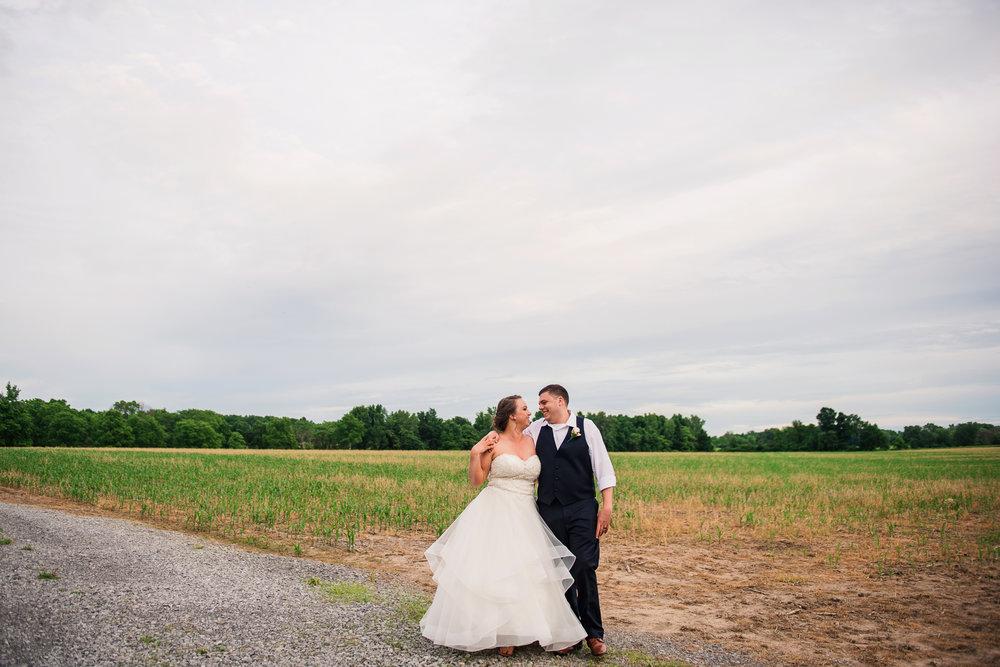 JILLSTUDIO_Avon_Century_Barn_Rochester_Wedding_Rochester_NY_Photographer_DSC_0799.jpg