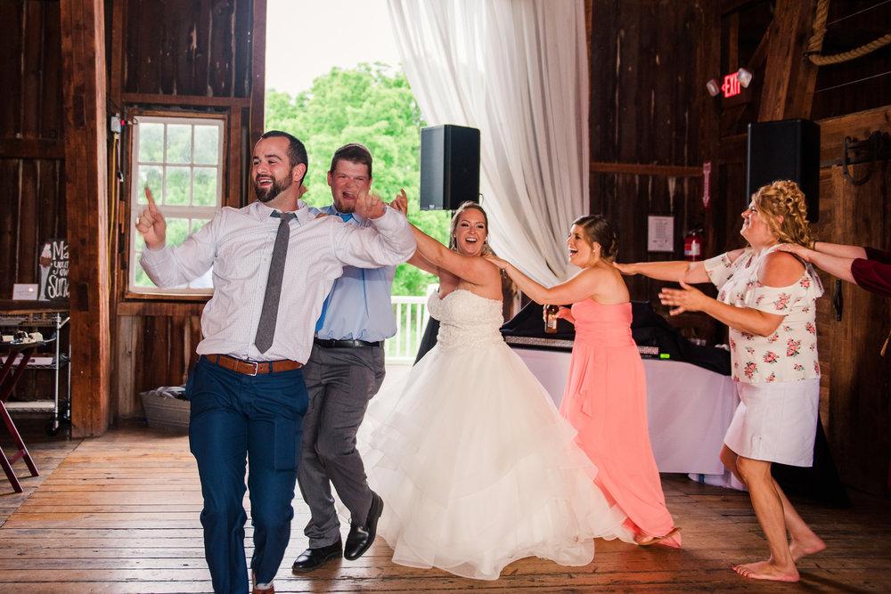 JILLSTUDIO_Avon_Century_Barn_Rochester_Wedding_Rochester_NY_Photographer_DSC_0839.jpg