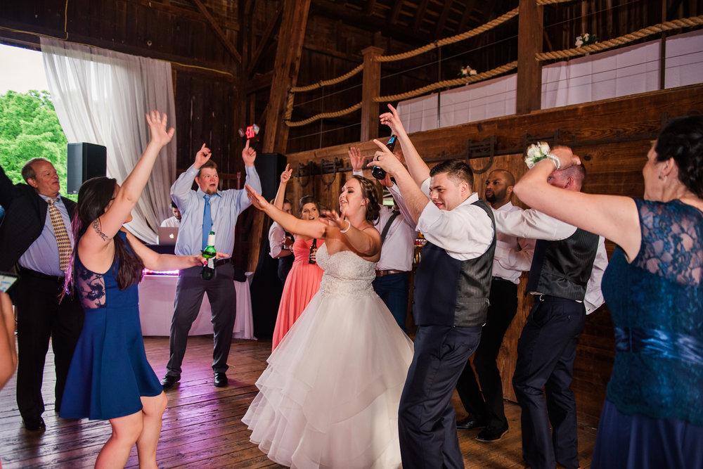 JILLSTUDIO_Avon_Century_Barn_Rochester_Wedding_Rochester_NY_Photographer_DSC_0857.jpg