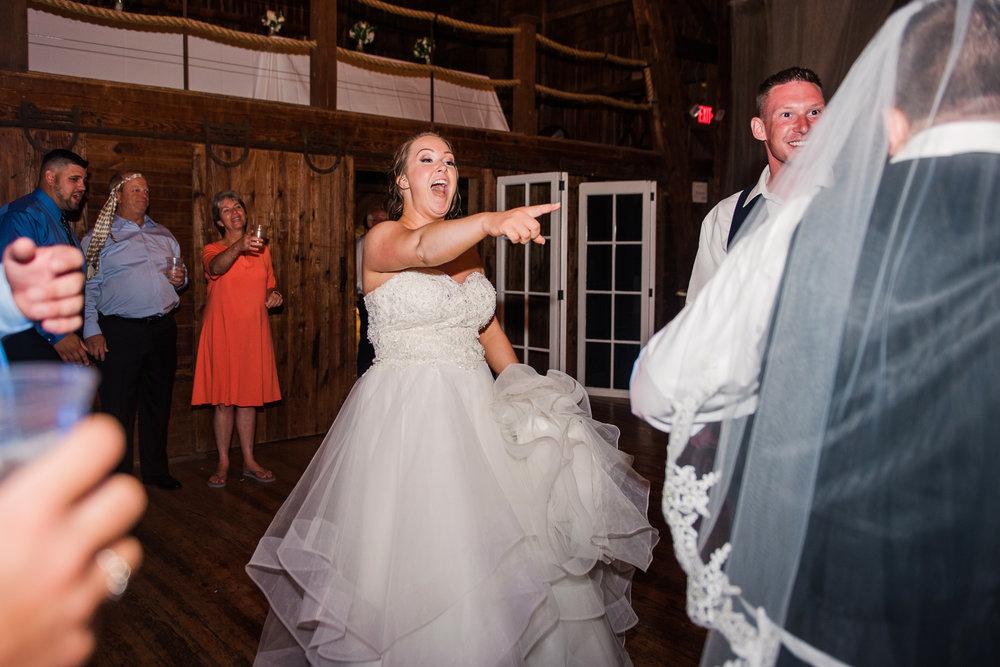 JILLSTUDIO_Avon_Century_Barn_Rochester_Wedding_Rochester_NY_Photographer_DSC_0993.jpg
