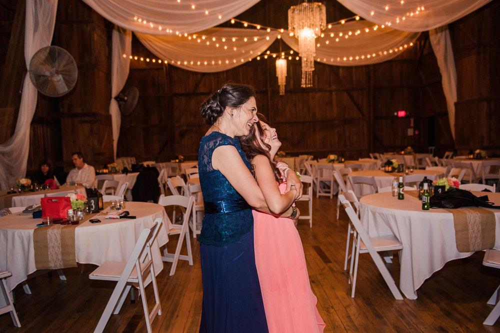 JILLSTUDIO_Avon_Century_Barn_Rochester_Wedding_Rochester_NY_Photographer_DSC_0963.jpg