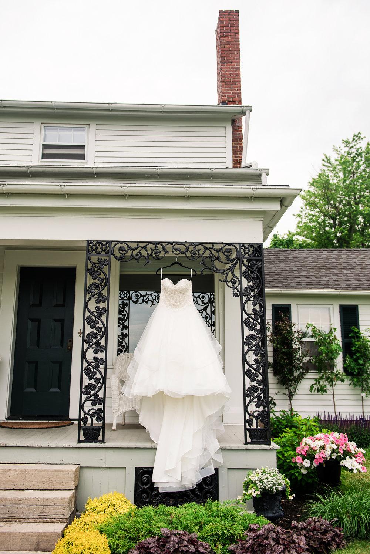 JILLSTUDIO_Avon_Century_Barn_Rochester_Wedding_Rochester_NY_Photographer_DSC_9802.jpg