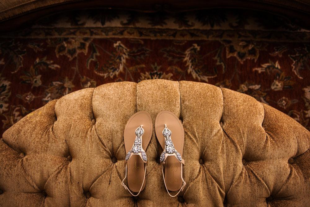 JILLSTUDIO_Avon_Century_Barn_Rochester_Wedding_Rochester_NY_Photographer_DSC_9834.jpg