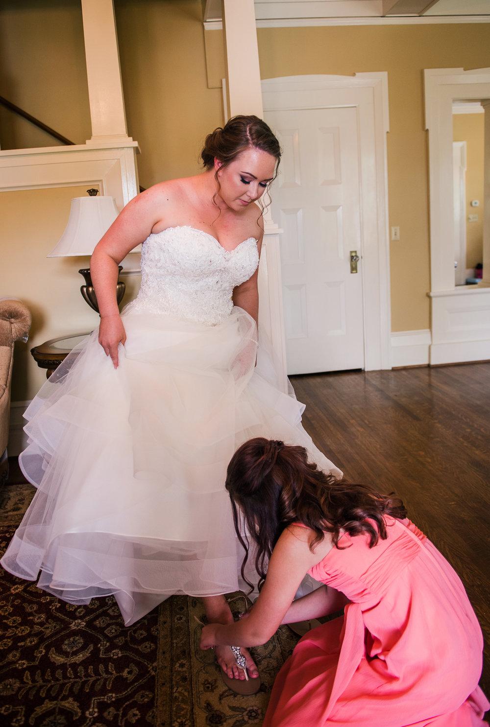JILLSTUDIO_Avon_Century_Barn_Rochester_Wedding_Rochester_NY_Photographer_DSC_9846.jpg