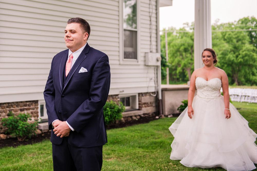 JILLSTUDIO_Avon_Century_Barn_Rochester_Wedding_Rochester_NY_Photographer_DSC_9883.jpg