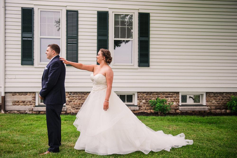 JILLSTUDIO_Avon_Century_Barn_Rochester_Wedding_Rochester_NY_Photographer_DSC_9886.jpg