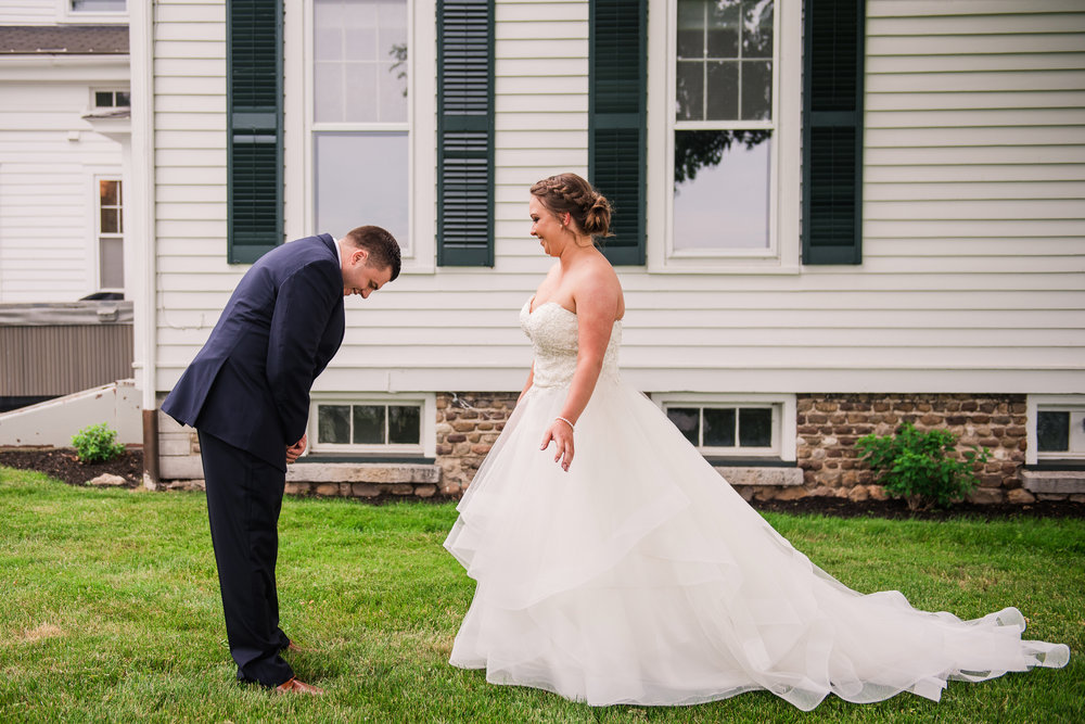JILLSTUDIO_Avon_Century_Barn_Rochester_Wedding_Rochester_NY_Photographer_DSC_9889.jpg