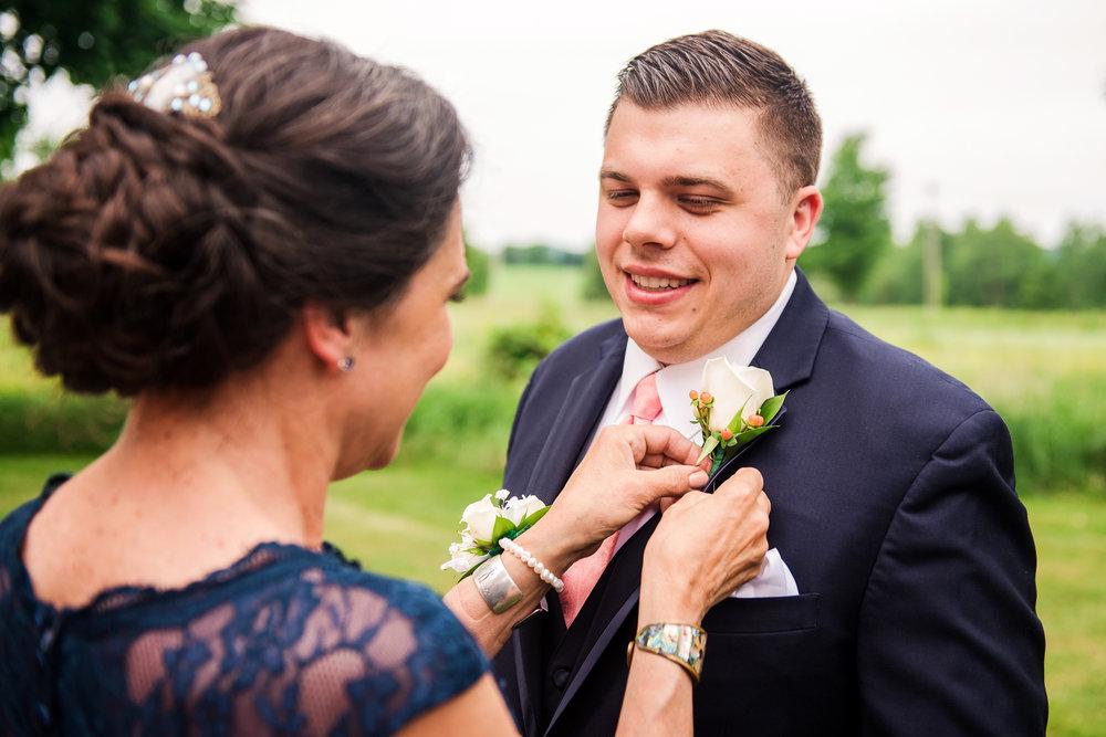 JILLSTUDIO_Avon_Century_Barn_Rochester_Wedding_Rochester_NY_Photographer_DSC_9932.jpg