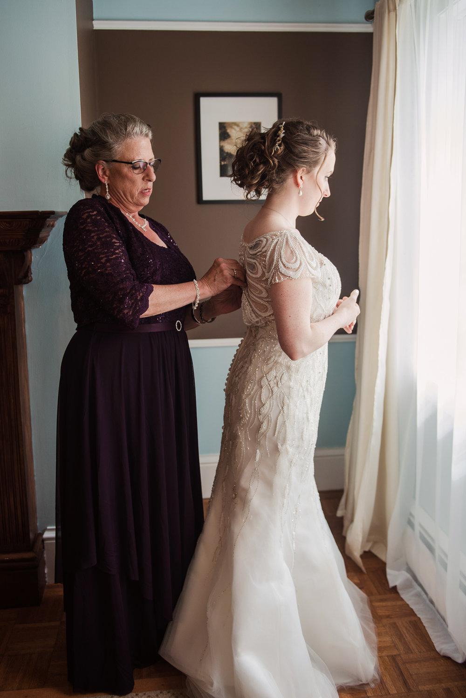 JILLSTUDIO_John_Joseph_Inn_Finger_Lakes_Wedding_Rochester_NY_Photographer_DSC_1091.jpg