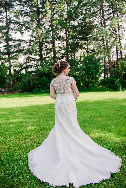JILLSTUDIO_John_Joseph_Inn_Finger_Lakes_Wedding_Rochester_NY_Photographer_DSC_1312.jpg