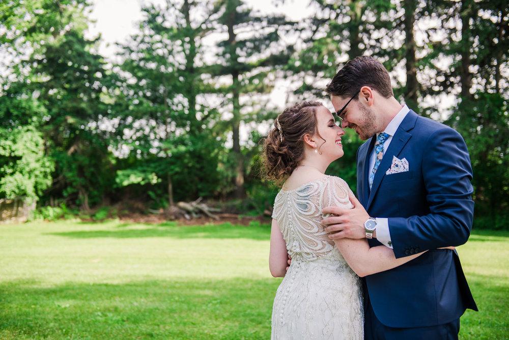 JILLSTUDIO_John_Joseph_Inn_Finger_Lakes_Wedding_Rochester_NY_Photographer_DSC_1323.jpg