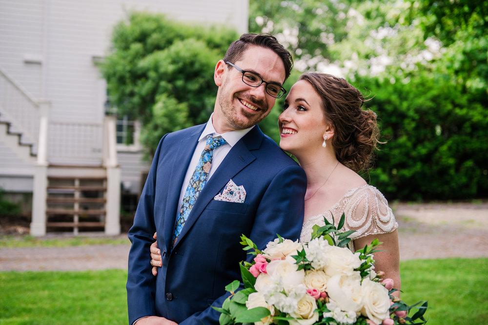 JILLSTUDIO_John_Joseph_Inn_Finger_Lakes_Wedding_Rochester_NY_Photographer_DSC_1341.jpg