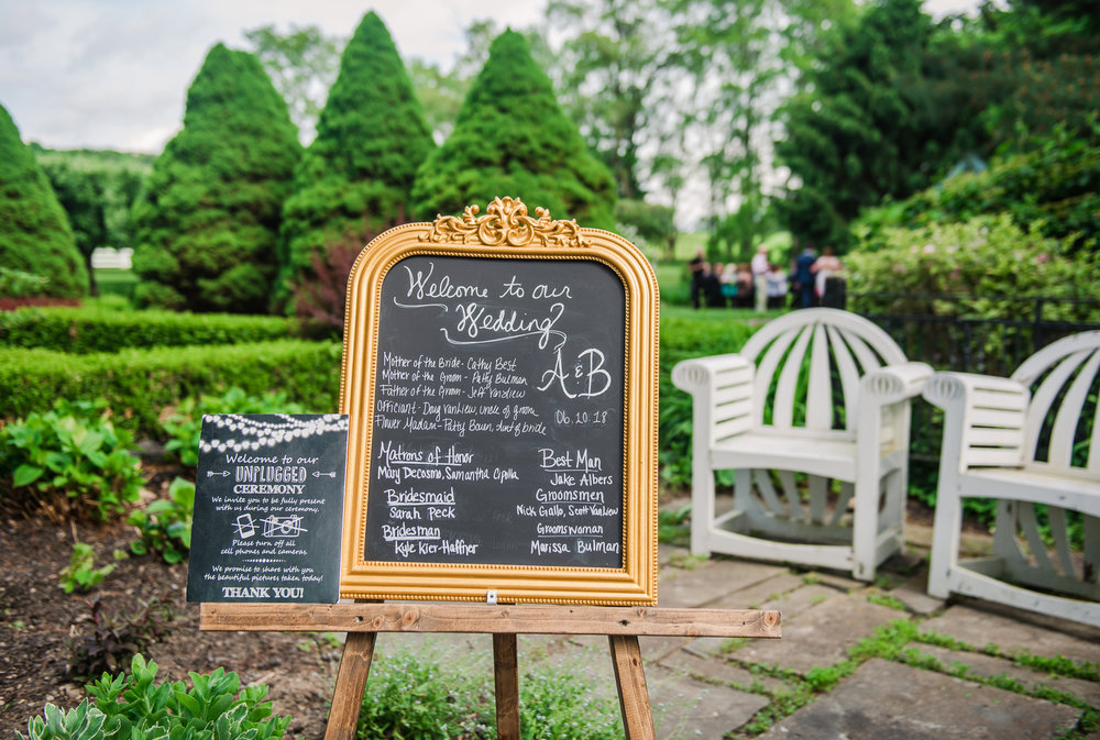 JILLSTUDIO_John_Joseph_Inn_Finger_Lakes_Wedding_Rochester_NY_Photographer_DSC_1381.jpg