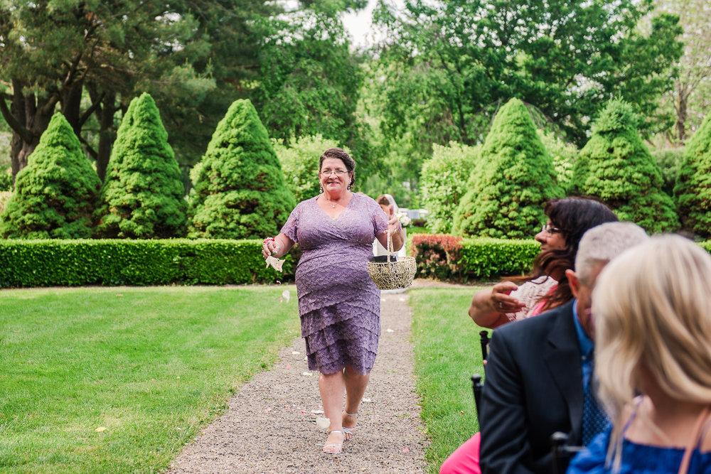 JILLSTUDIO_John_Joseph_Inn_Finger_Lakes_Wedding_Rochester_NY_Photographer_DSC_1405.jpg